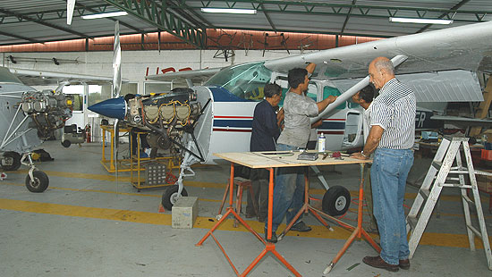 ingeniería-aeronautica